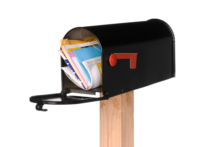 isolated-open-mail-box-with-mail-PL63X8Y.jpg